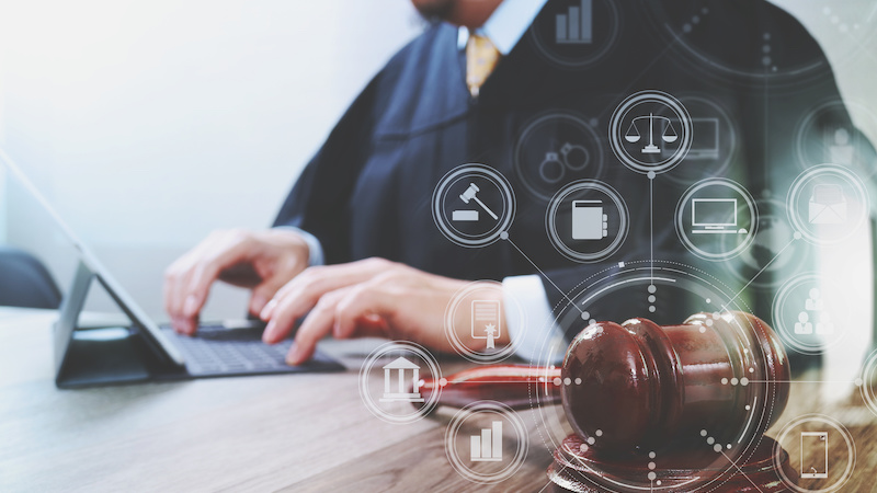 【他業界X-Techに学ぶ】法律×テクノロジー「LegalTech(リーガルテック)」
