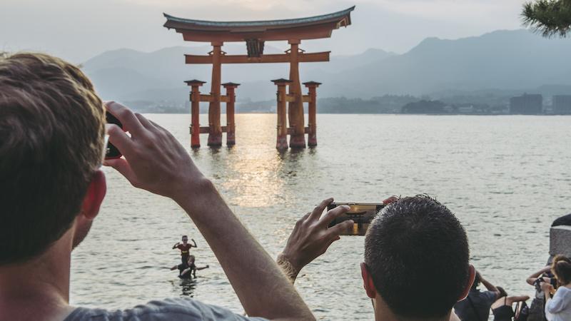 """観光の形を""""変える""""AIやIoTなどを活用した新しいサービスを紹介!"""
